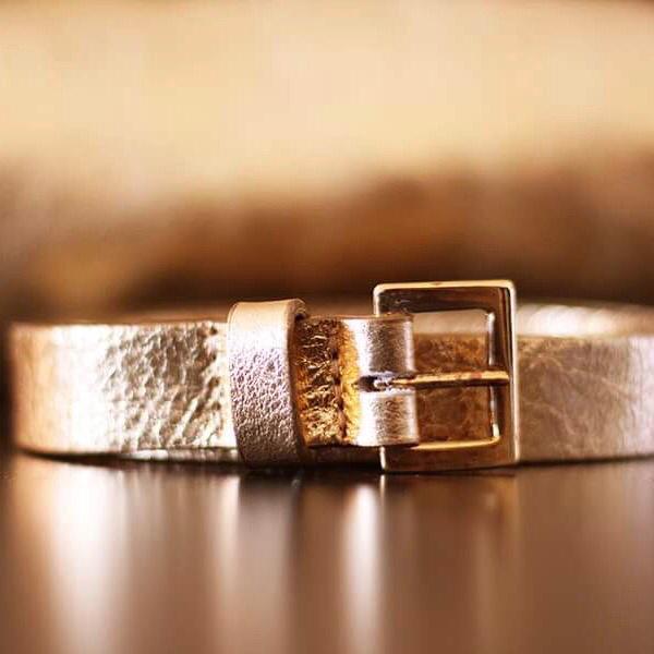 ceinture dorée